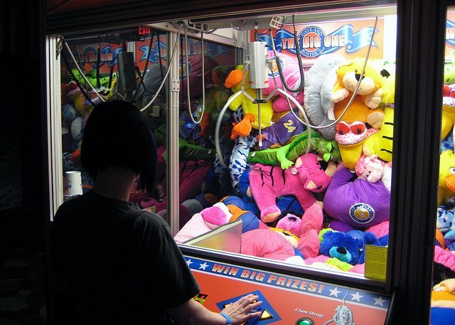 claw crane game